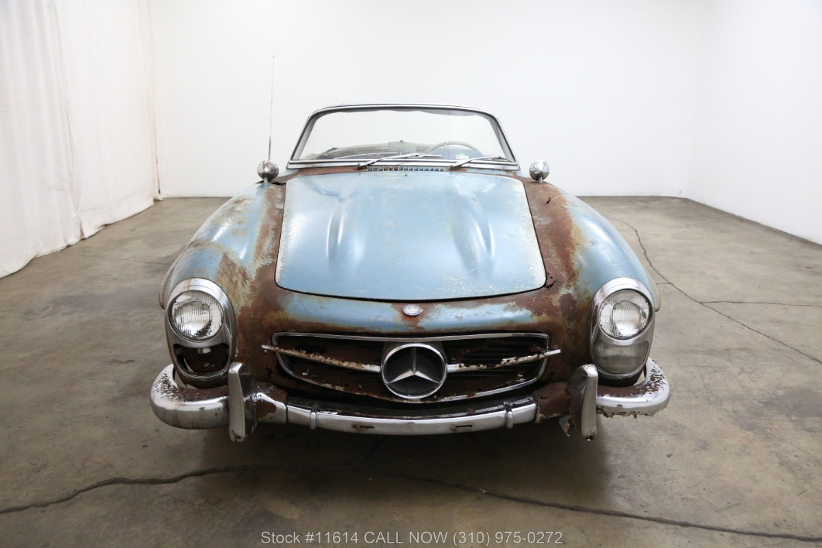 1961_Mercedes-Benz_300SL_Roadster_0001