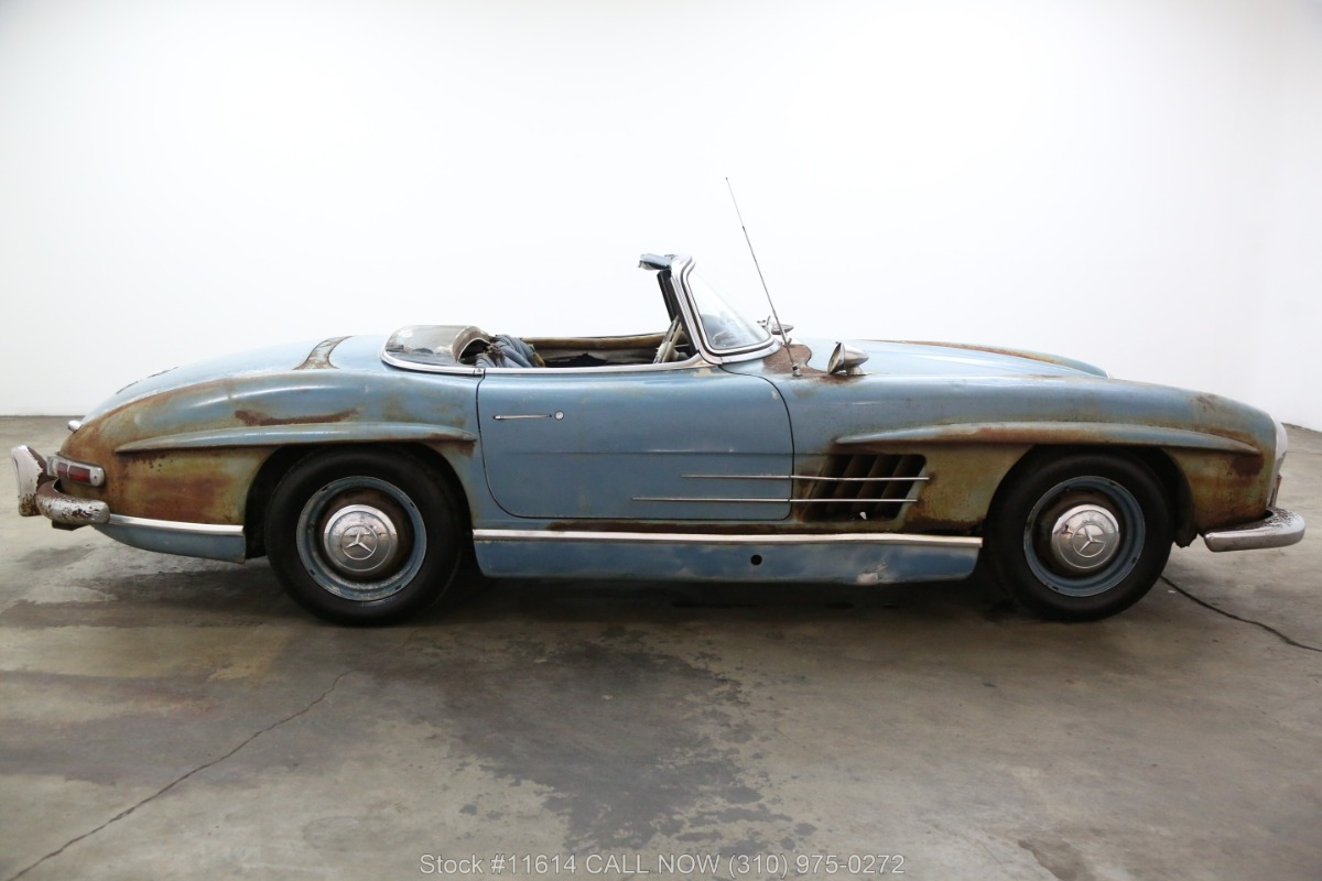 1961_Mercedes-Benz_300SL_Roadster_0002