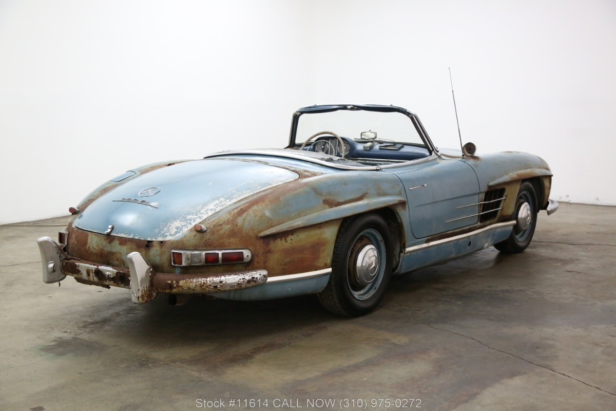 1961_Mercedes-Benz_300SL_Roadster_0003