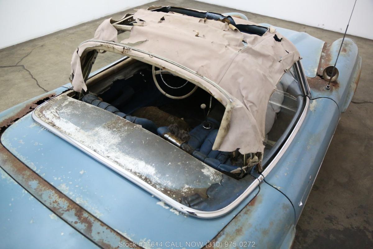 1961_Mercedes-Benz_300SL_Roadster_0010