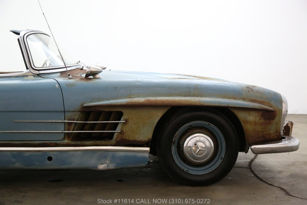 1961_Mercedes-Benz_300SL_Roadster_0012