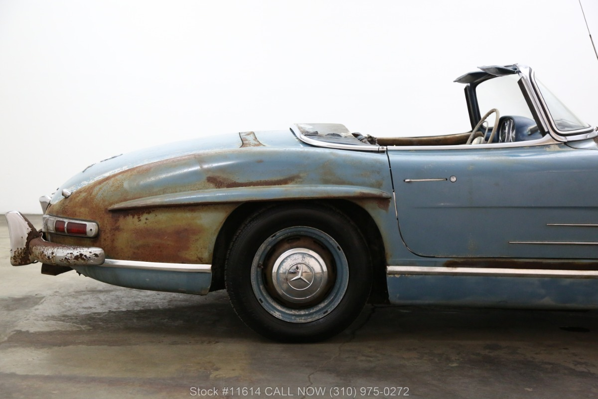 1961_Mercedes-Benz_300SL_Roadster_0014