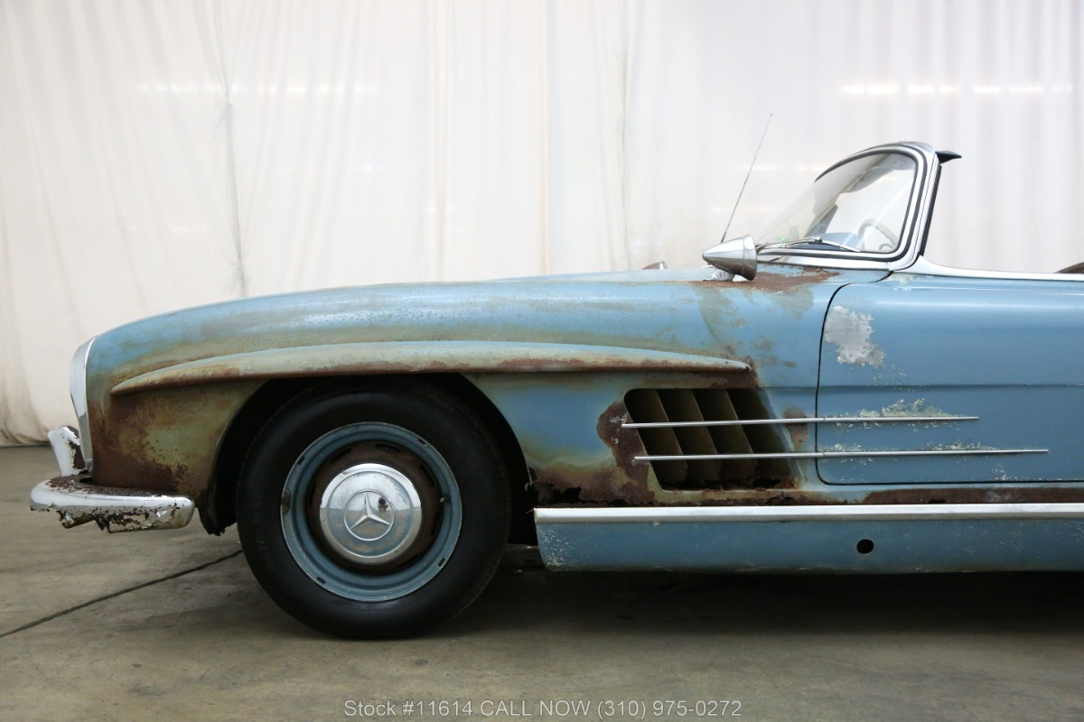 1961_Mercedes-Benz_300SL_Roadster_0015
