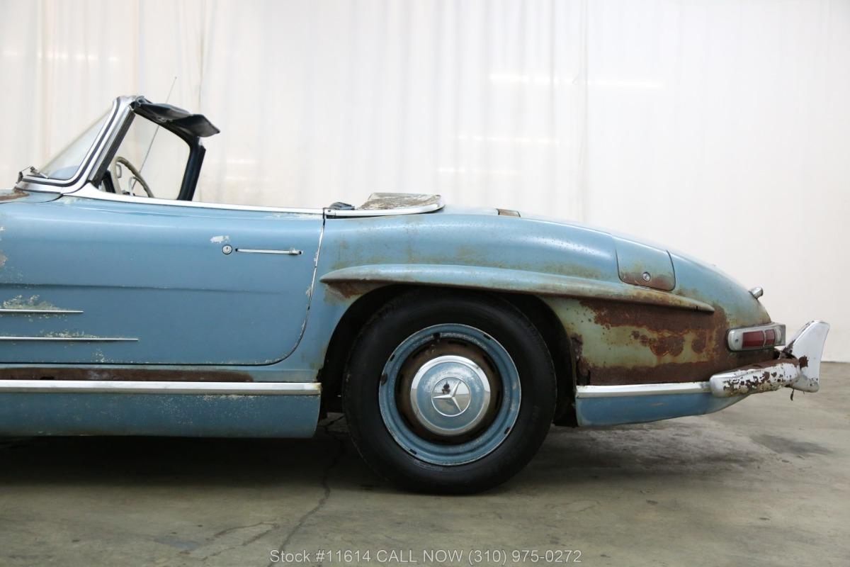 1961_Mercedes-Benz_300SL_Roadster_0017