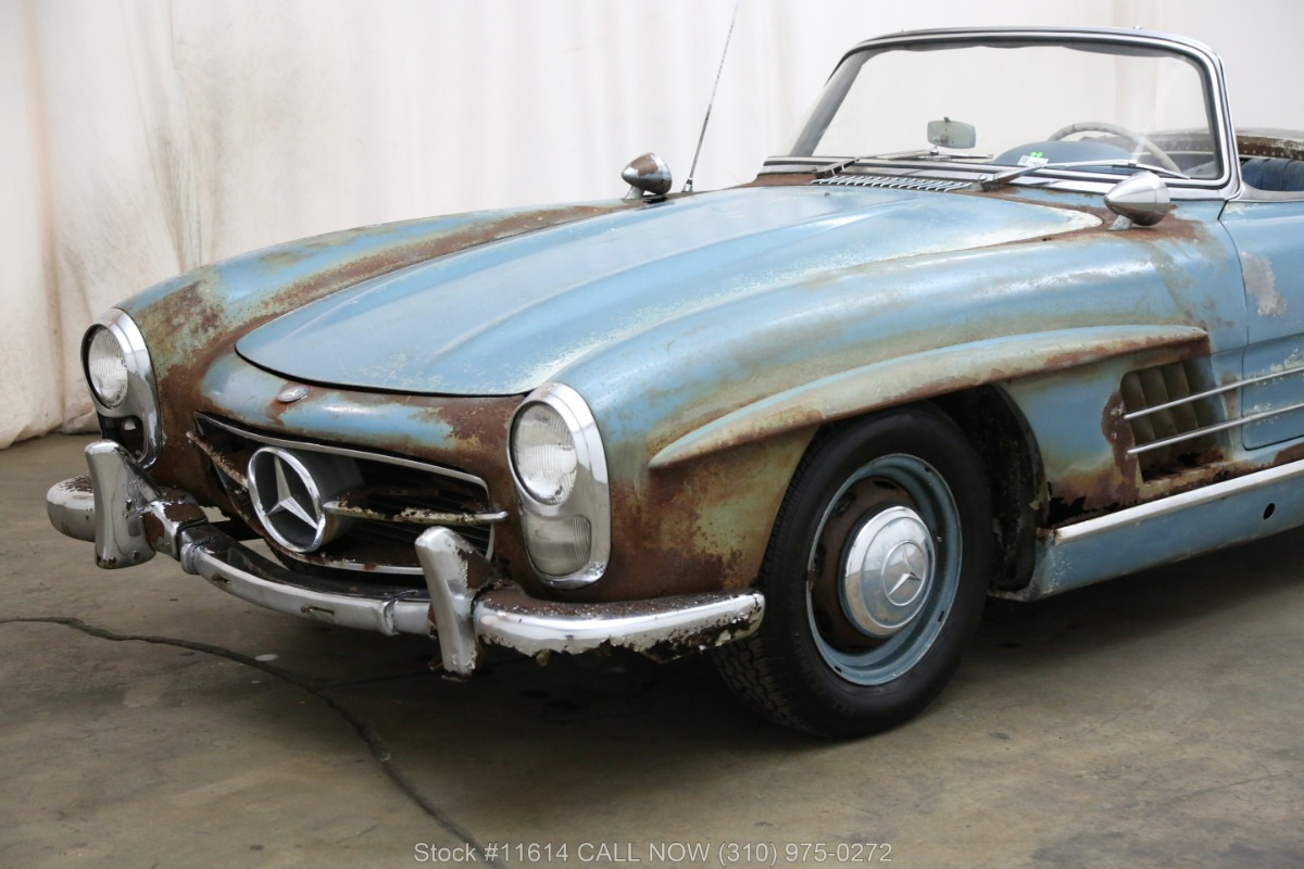 1961_Mercedes-Benz_300SL_Roadster_0018