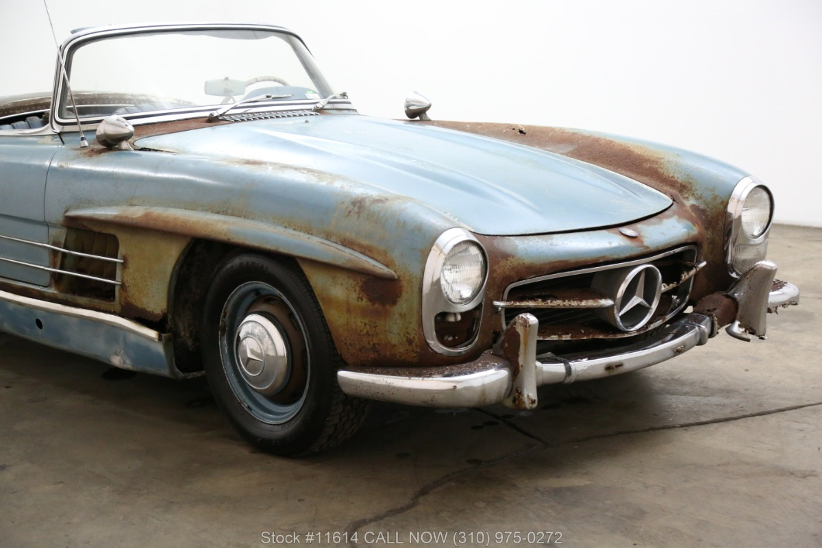 1961_Mercedes-Benz_300SL_Roadster_0019