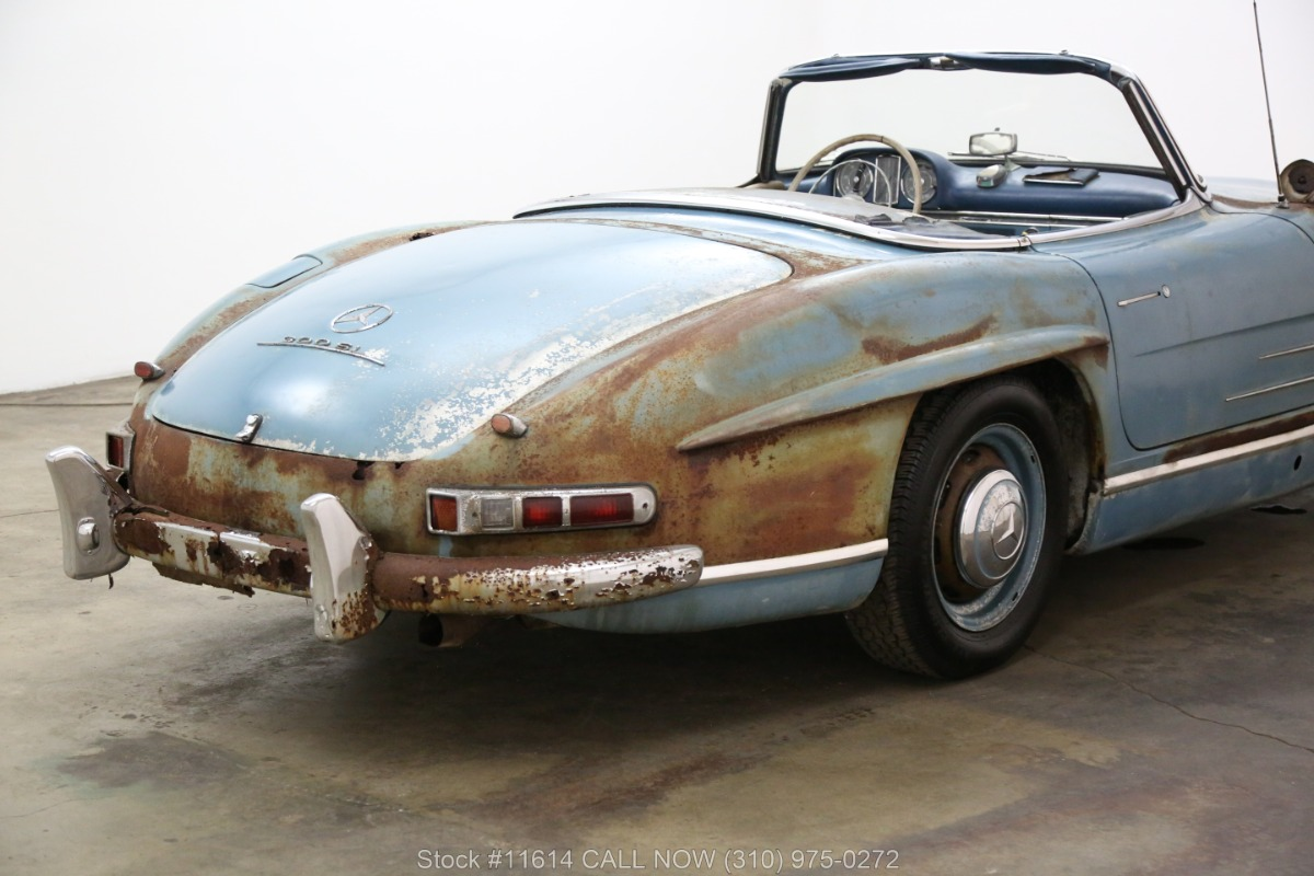 1961_Mercedes-Benz_300SL_Roadster_0020