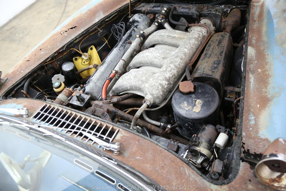 1961_Mercedes-Benz_300SL_Roadster_0039