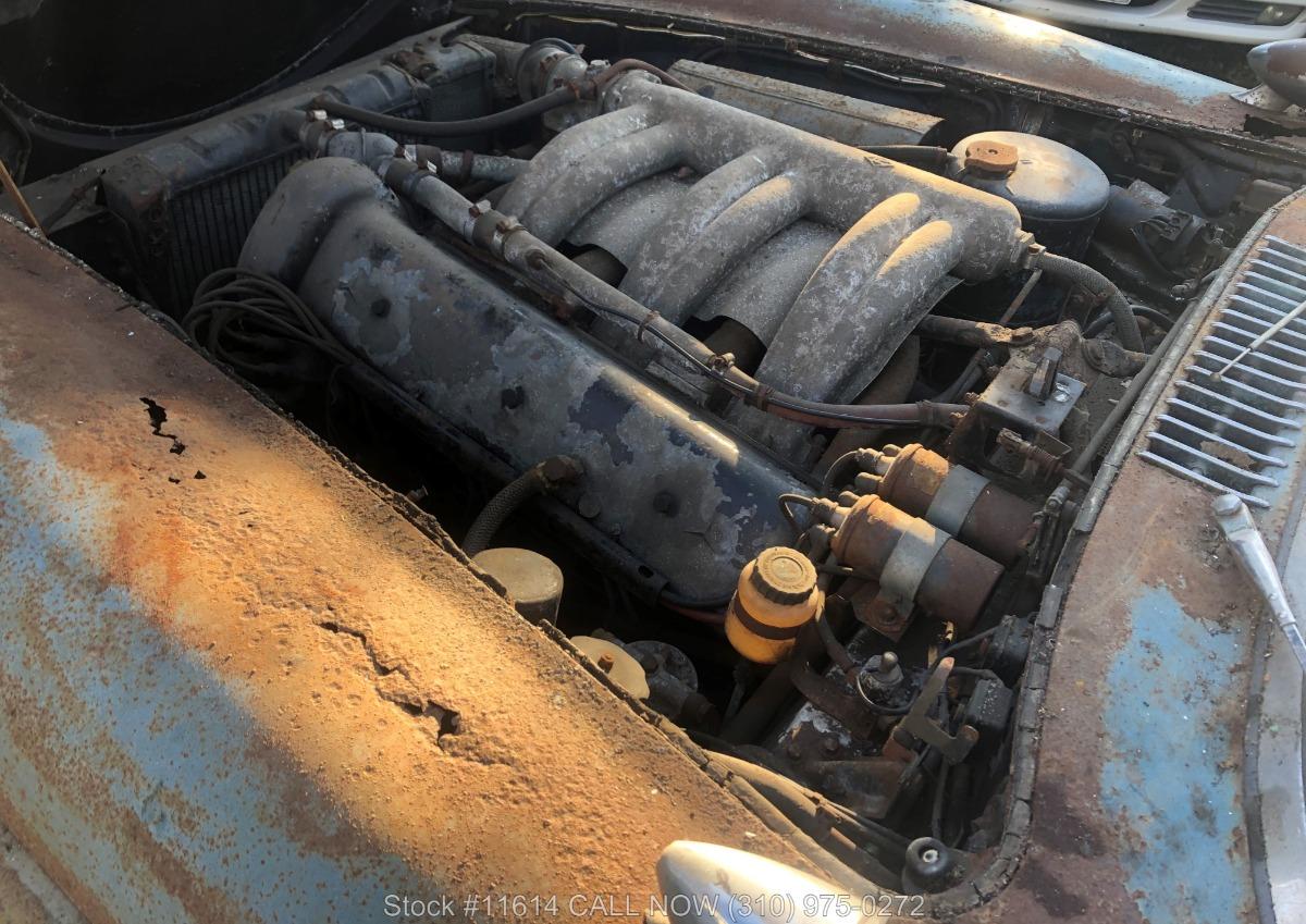 1961_Mercedes-Benz_300SL_Roadster_0055