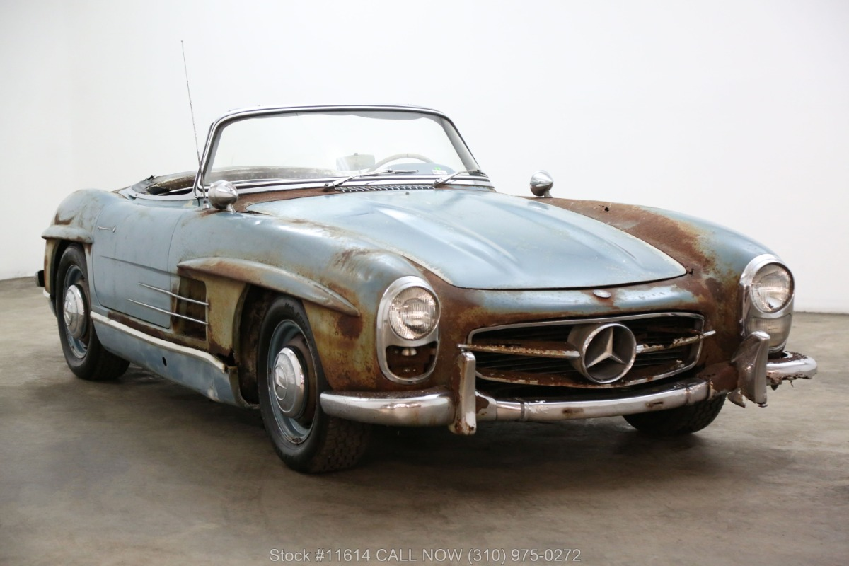 1961_Mercedes-Benz_300SL_Roadster_0057