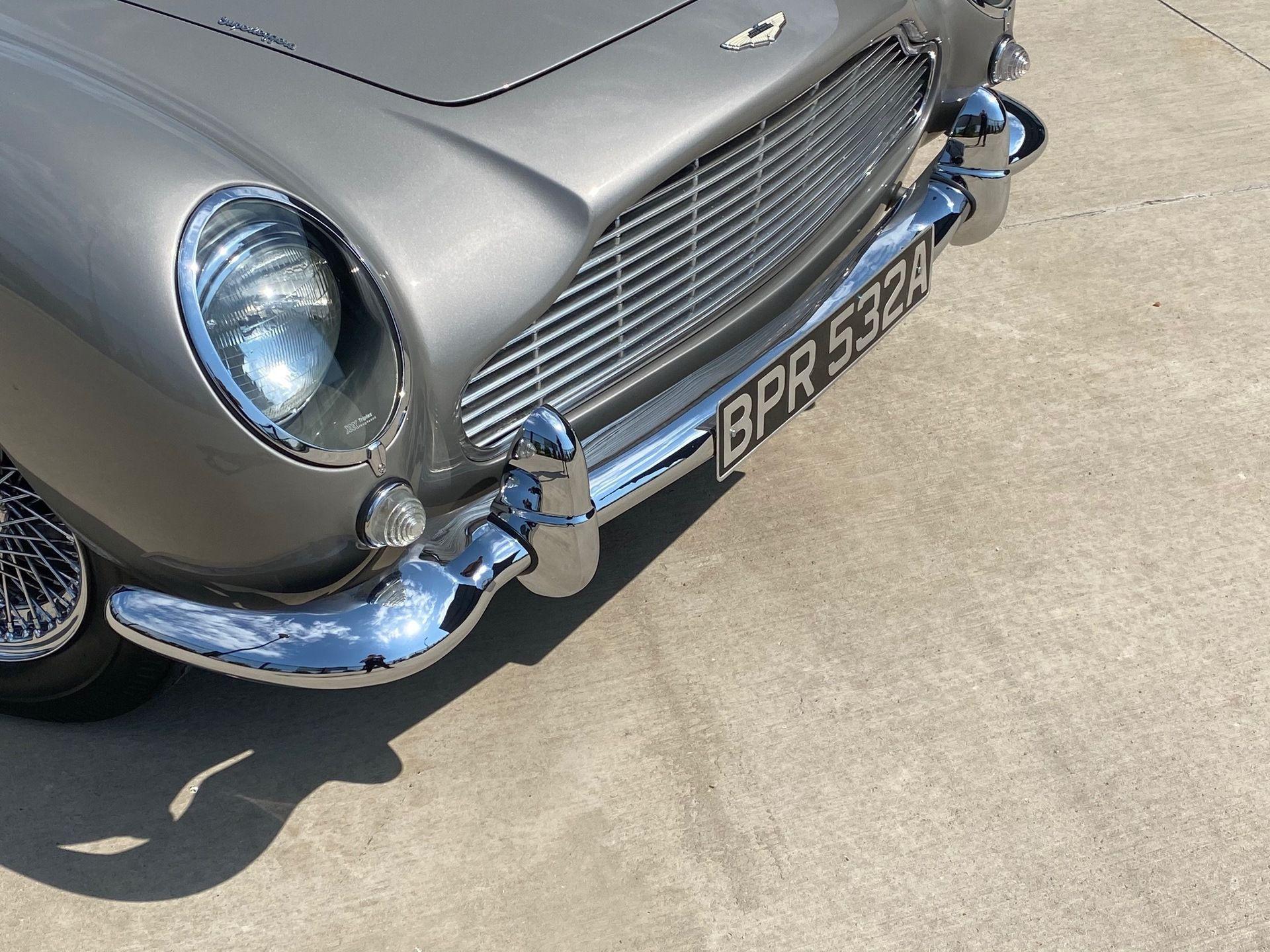 1963_Aston_MartinDB5_auction_0008
