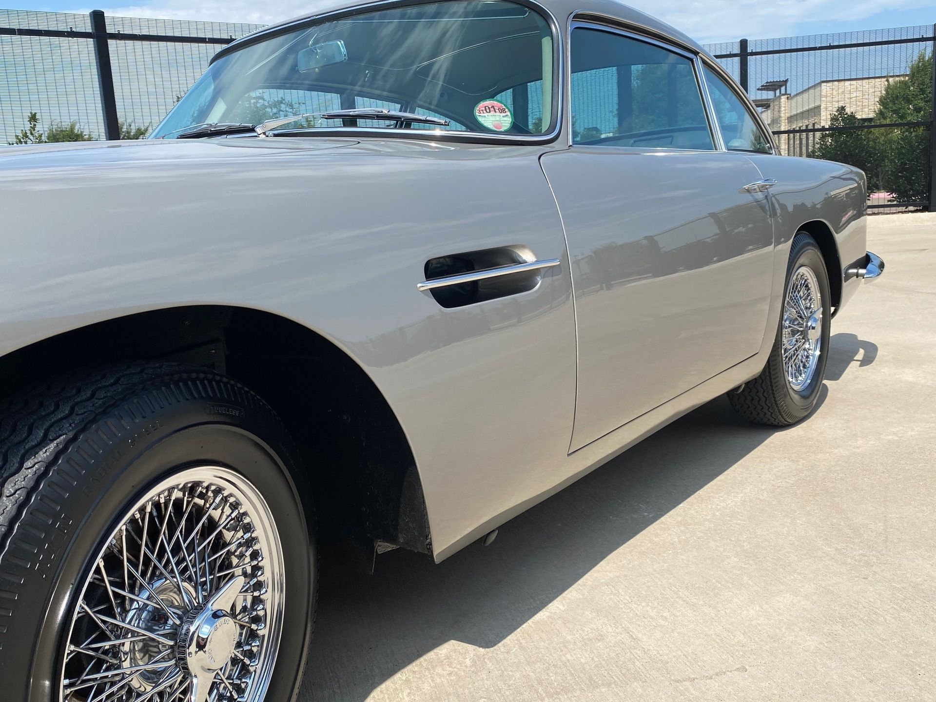 1963_Aston_MartinDB5_auction_0013