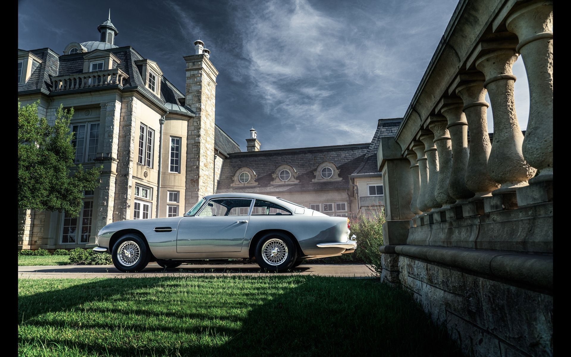 1963_Aston_MartinDB5_auction_0018