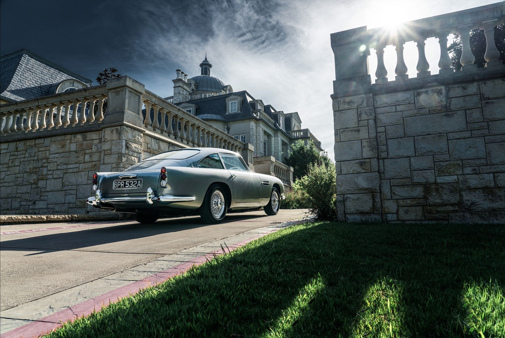 1963_Aston_MartinDB5_auction_0019