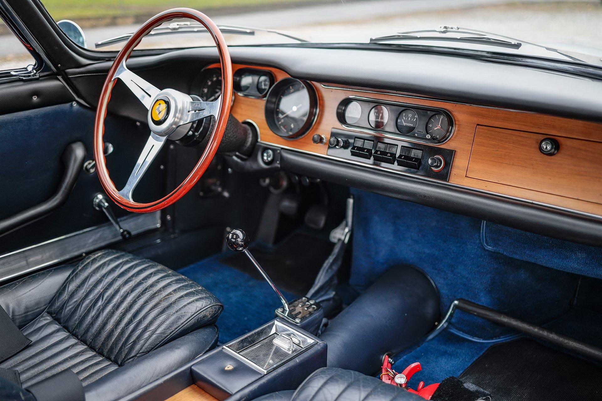 1965_Ferrari_275_GTB_6C_0006