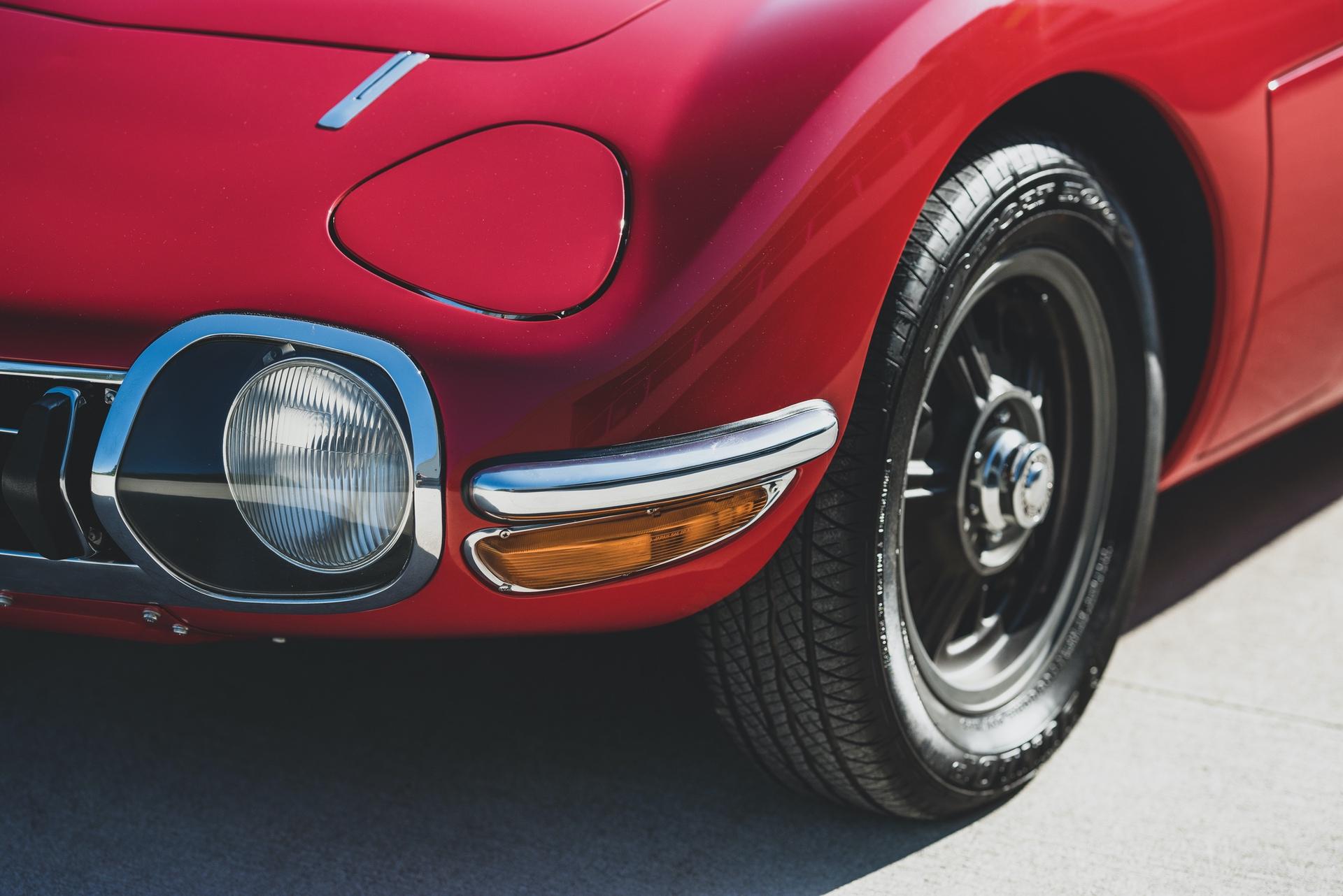 1967-Toyota-2000GT-_14