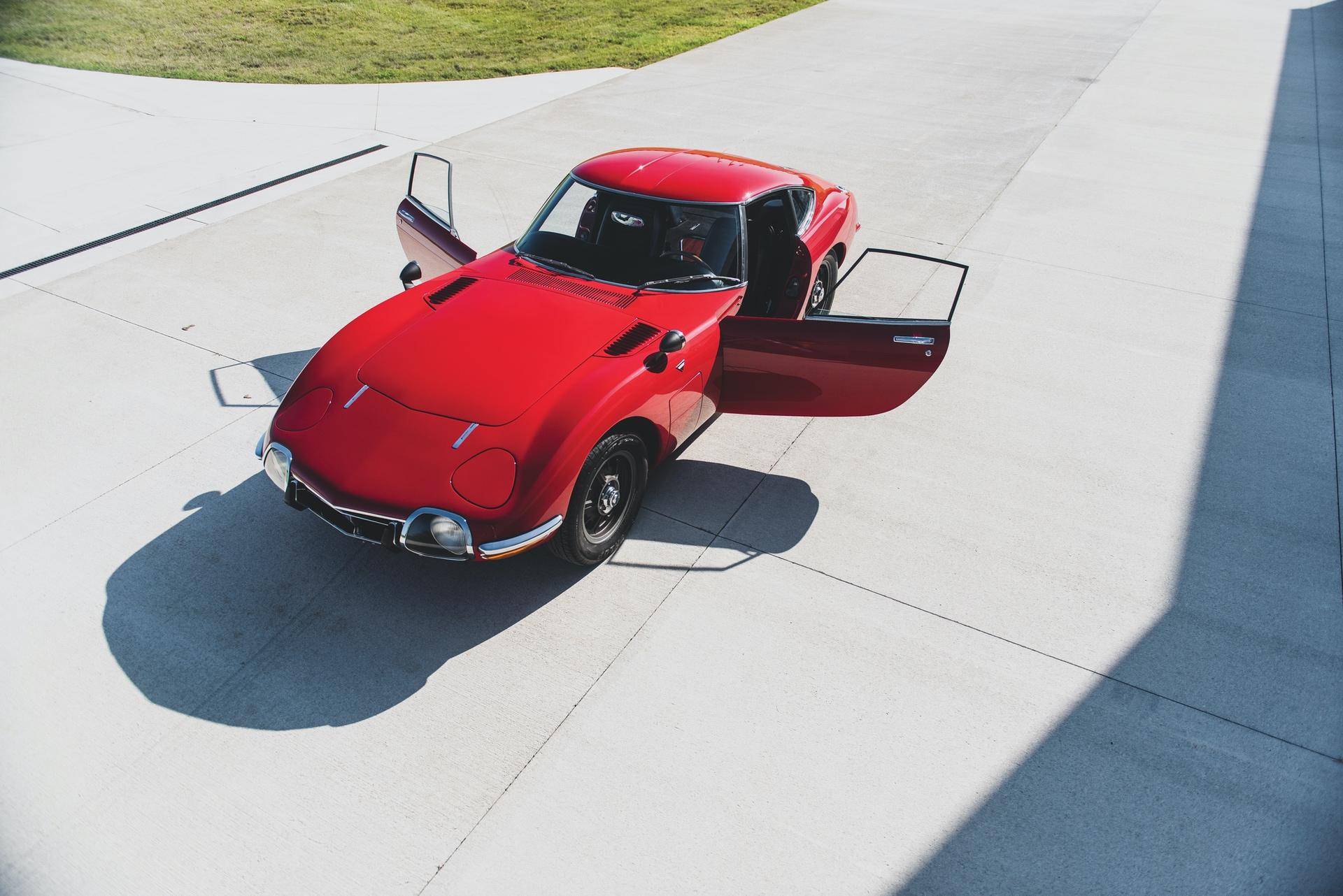 1967-Toyota-2000GT-_21