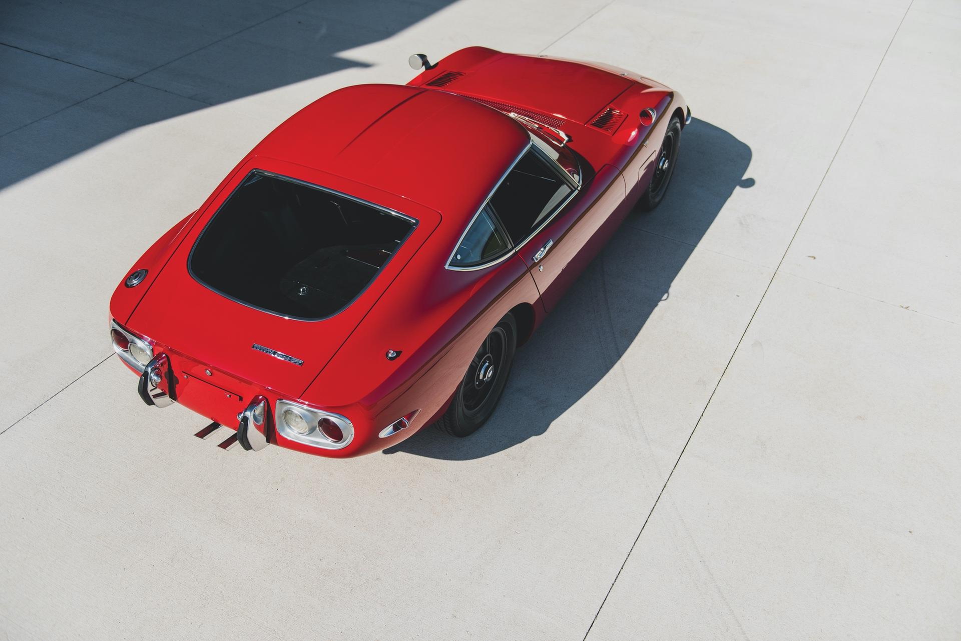 1967-Toyota-2000GT-_23