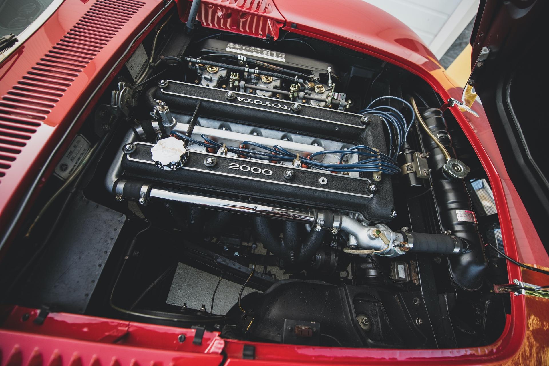1967-Toyota-2000GT-_30