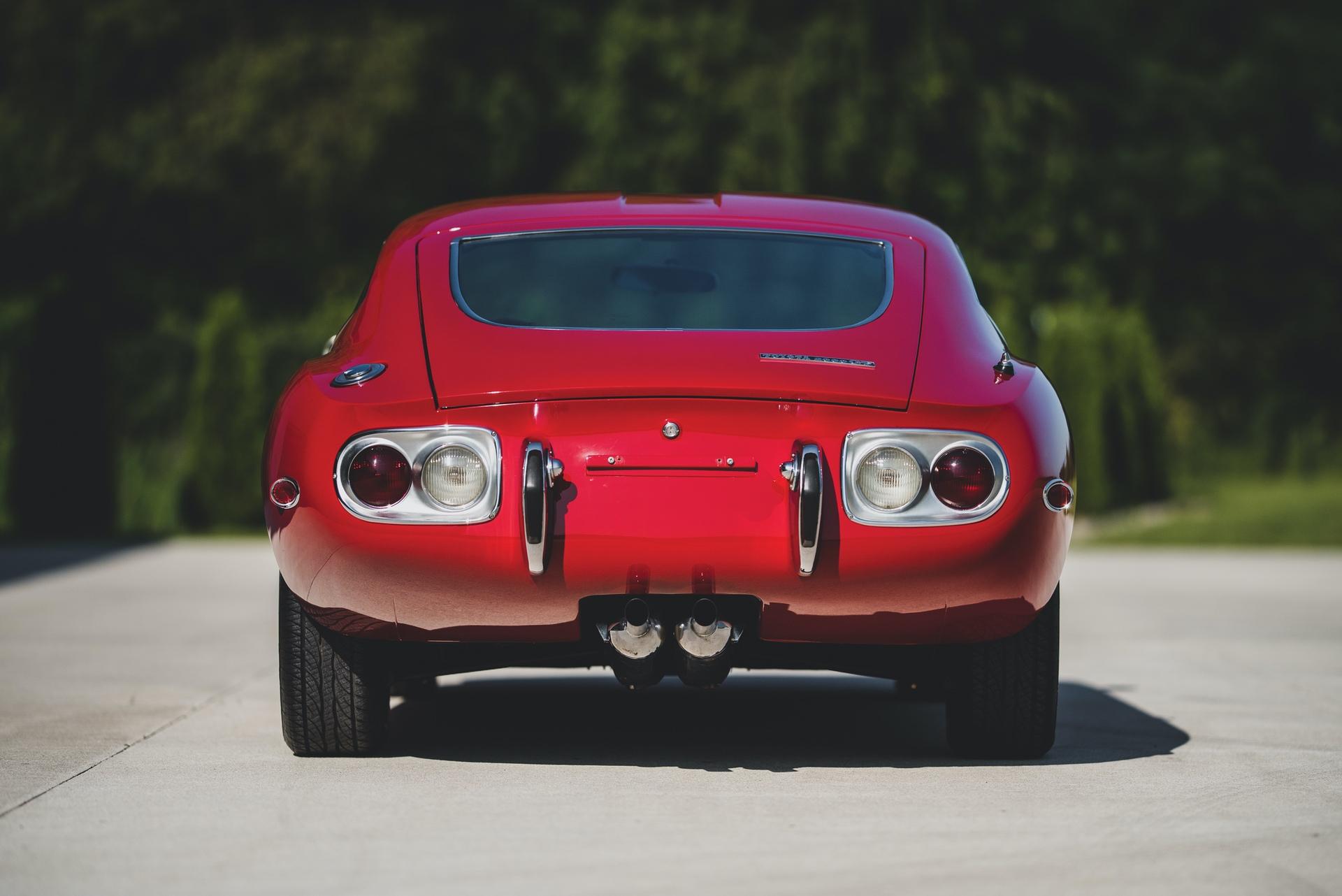 1967-Toyota-2000GT-_6