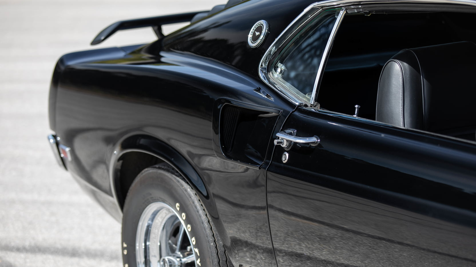 1969_Ford_Mustang_Boss_429_Fastback_0010