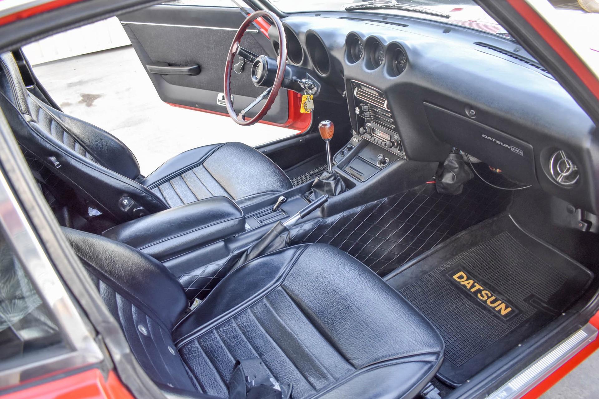 1971_Datsun_240Z_auction_0051