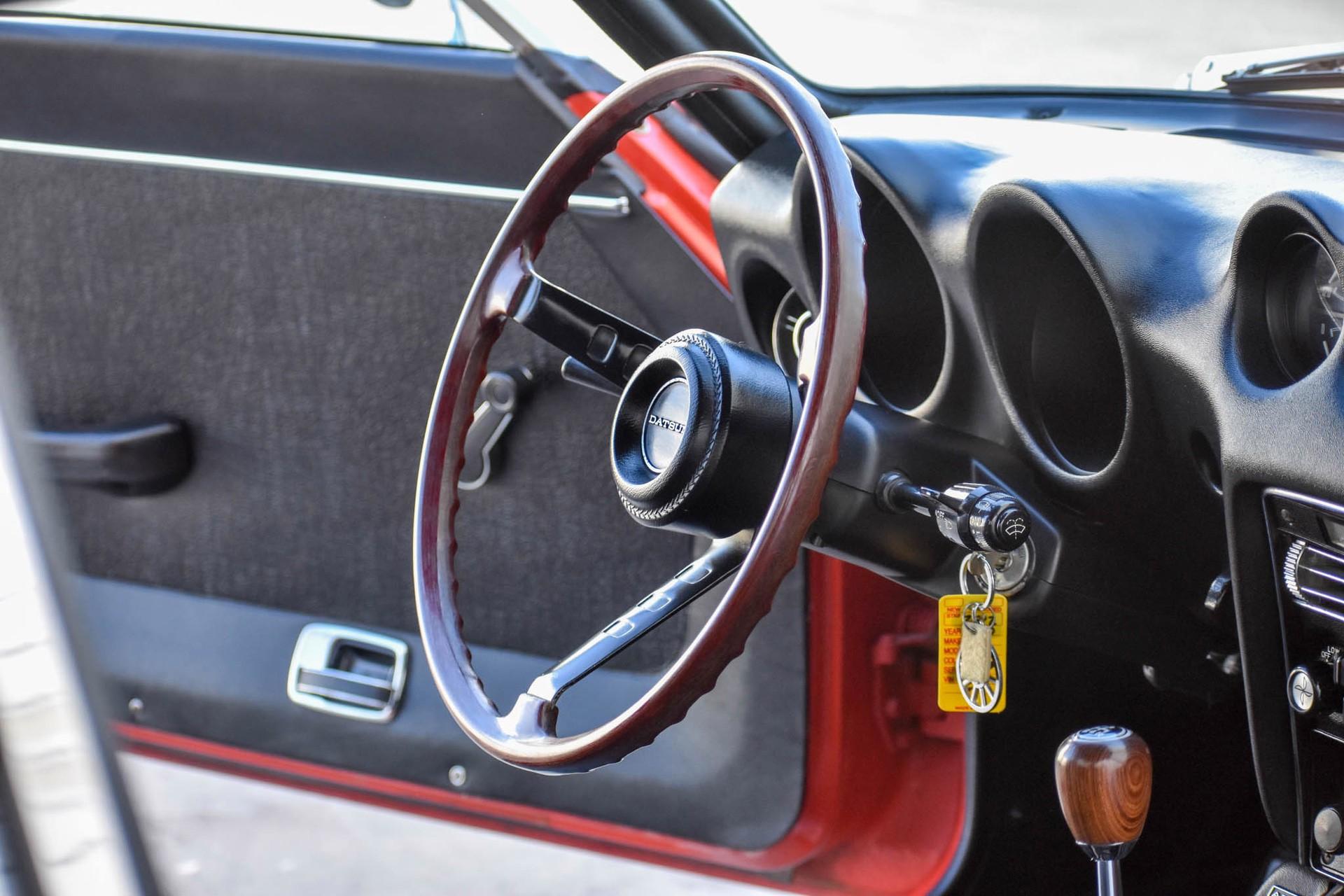 1971_Datsun_240Z_auction_0054