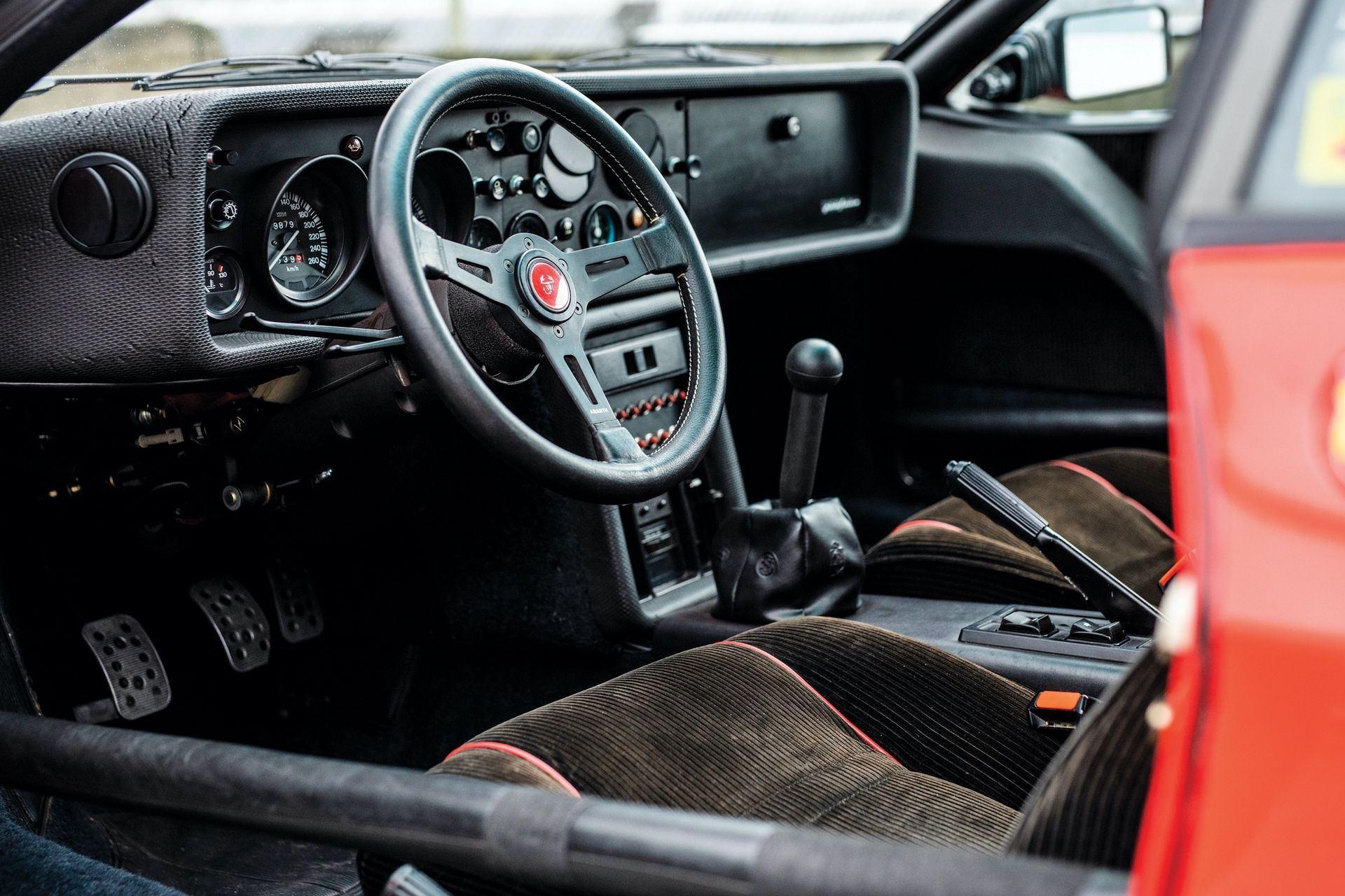 1981_Lancia_037_Stradale_sale_0003