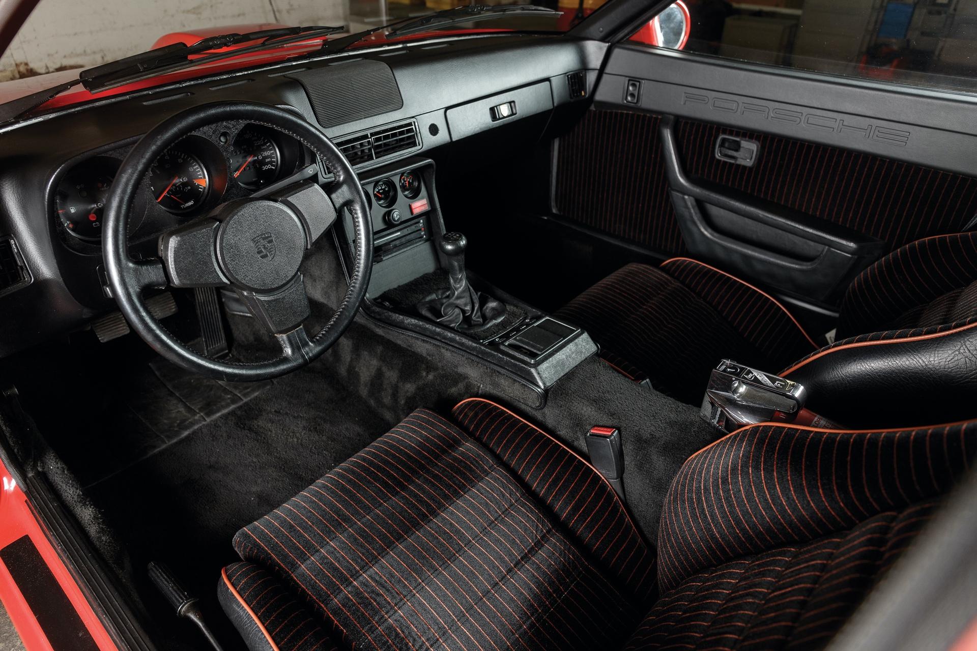 1982-Porsche-924-Carrera-GTS-_10