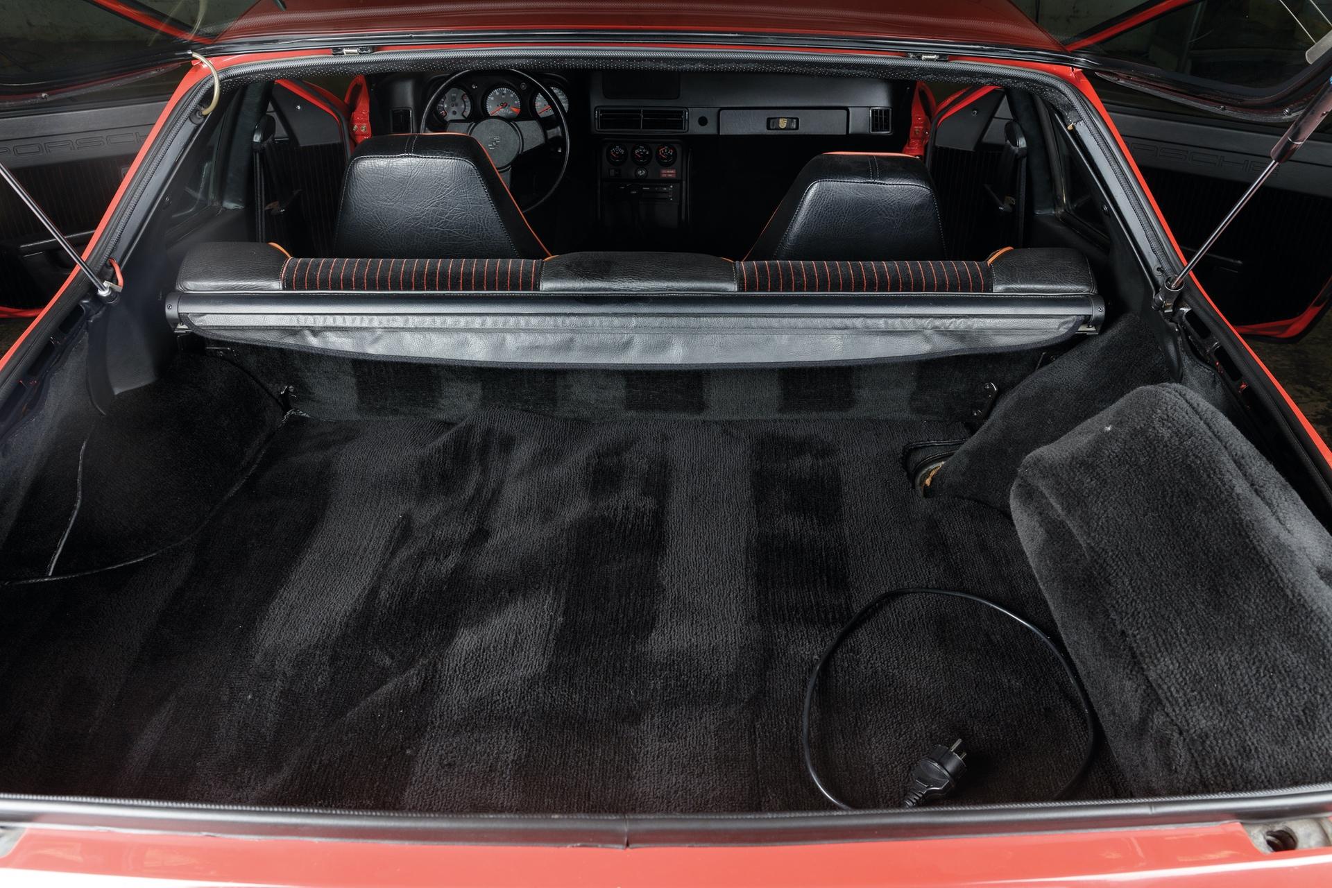 1982-Porsche-924-Carrera-GTS-_29