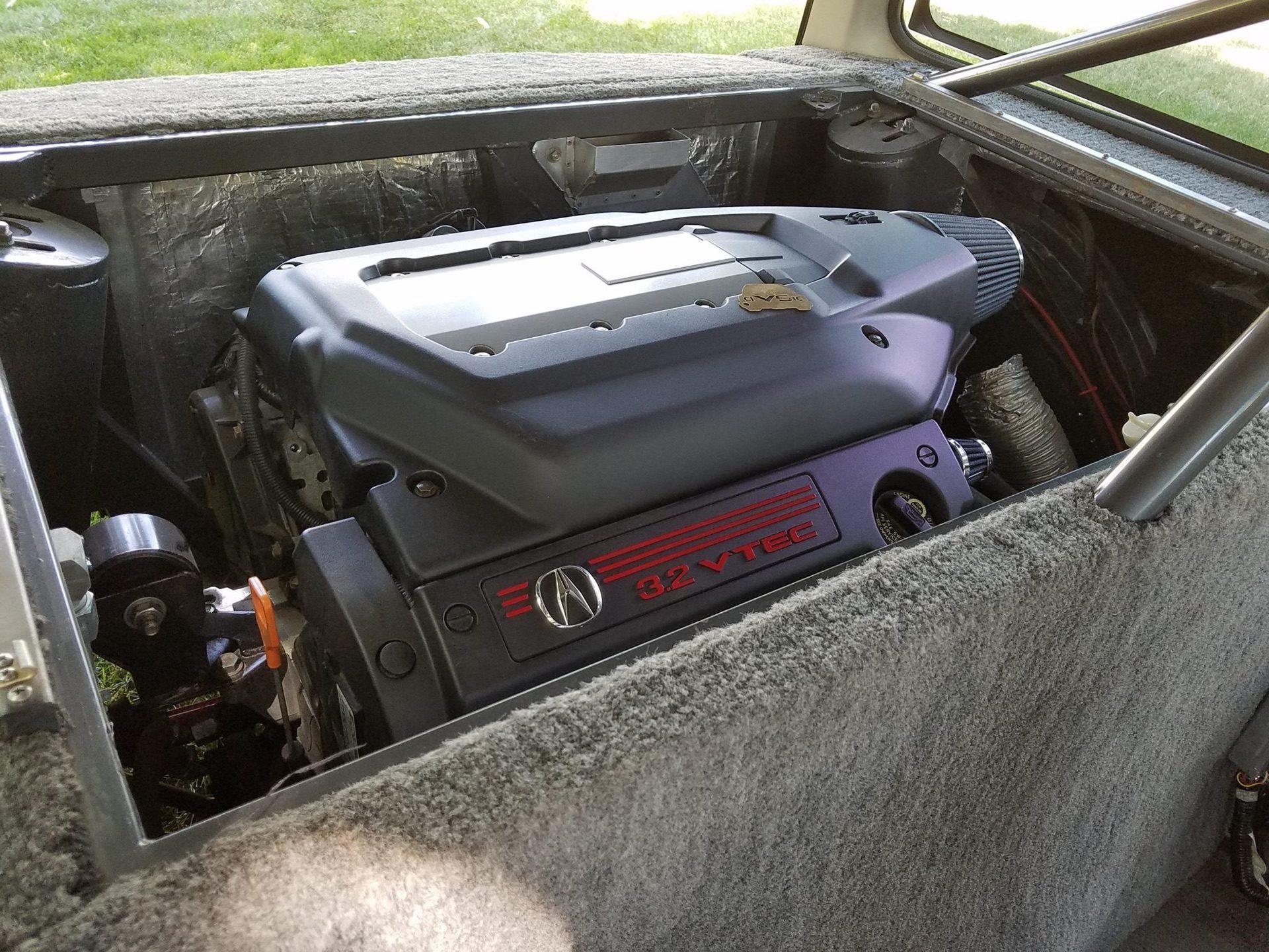 1984_Honda_Civic_Mid-Engine_V6_0011