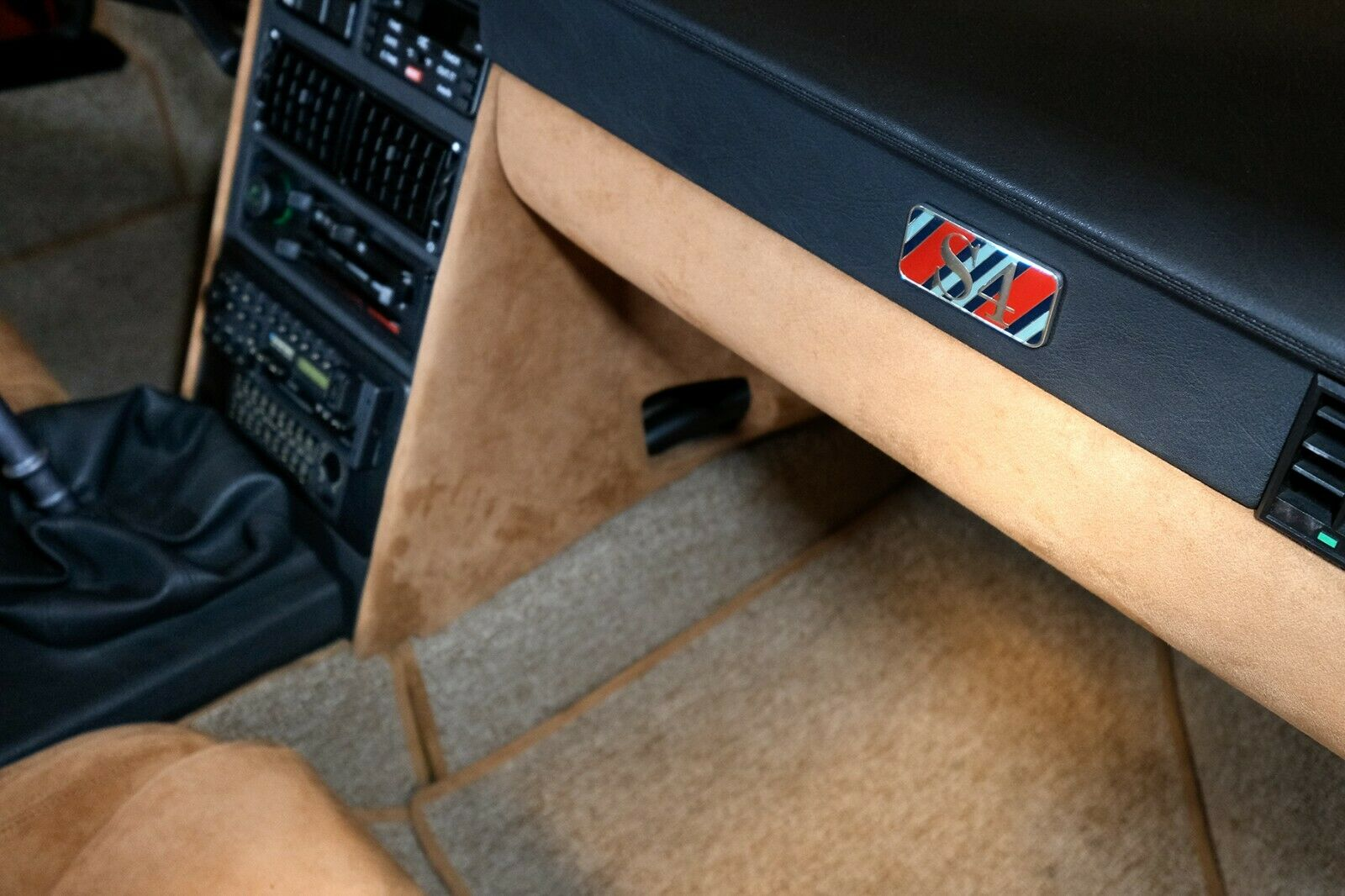 1985_Lancia_Delta_S4_Stradale_0011