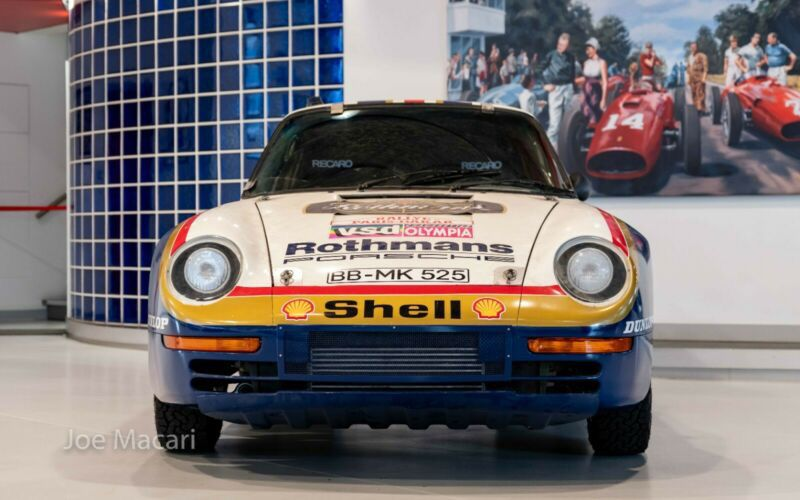 1985_Porsche_959_Paris-Dakar_Rally_Car_0007