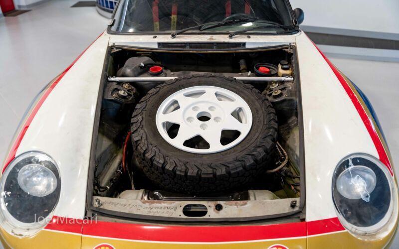 1985_Porsche_959_Paris-Dakar_Rally_Car_0011