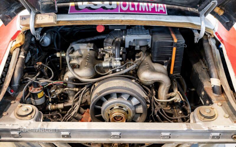 1985_Porsche_959_Paris-Dakar_Rally_Car_0019