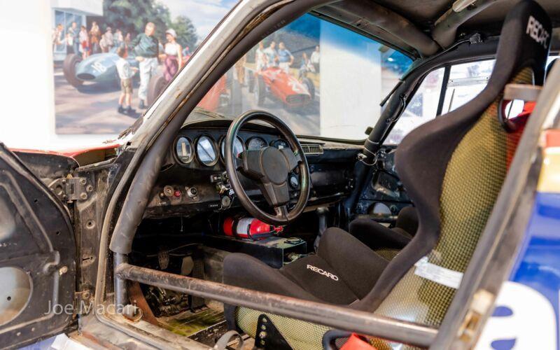 1985_Porsche_959_Paris-Dakar_Rally_Car_0027