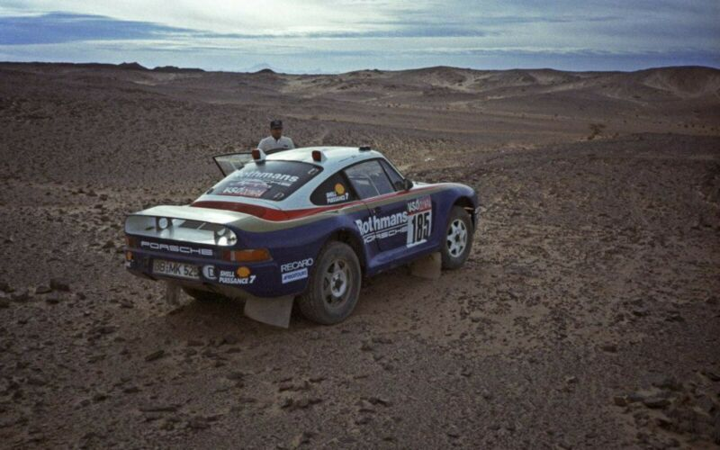 1985_Porsche_959_Paris-Dakar_Rally_Car_0032