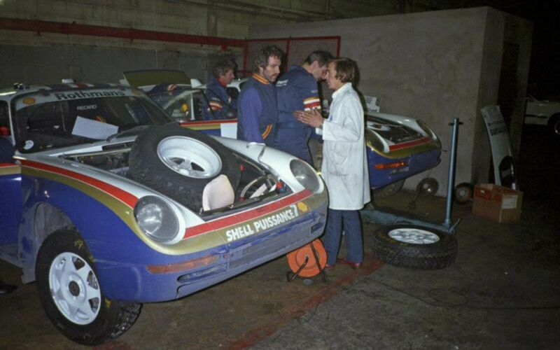 1985_Porsche_959_Paris-Dakar_Rally_Car_0033