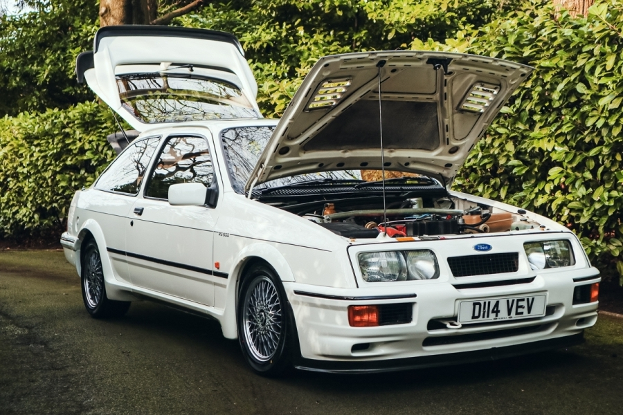 1987_Ford_Sierra_Cosworth_RS500_0032