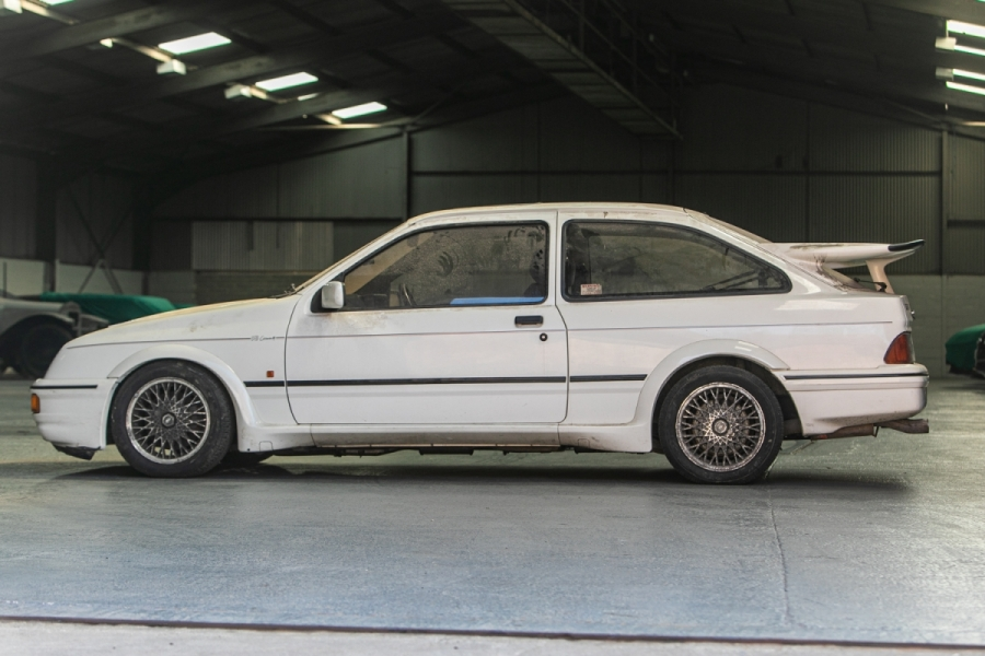 1987_Ford-Sierra_RS_Cosworth_0002