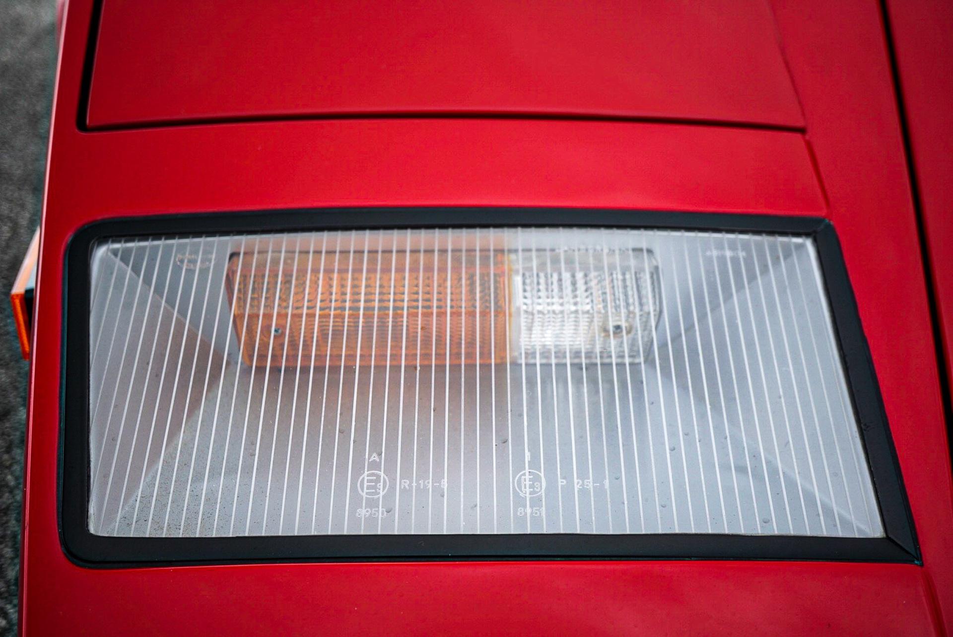 1988_Lamborghini_Countach_5000_QV_0006