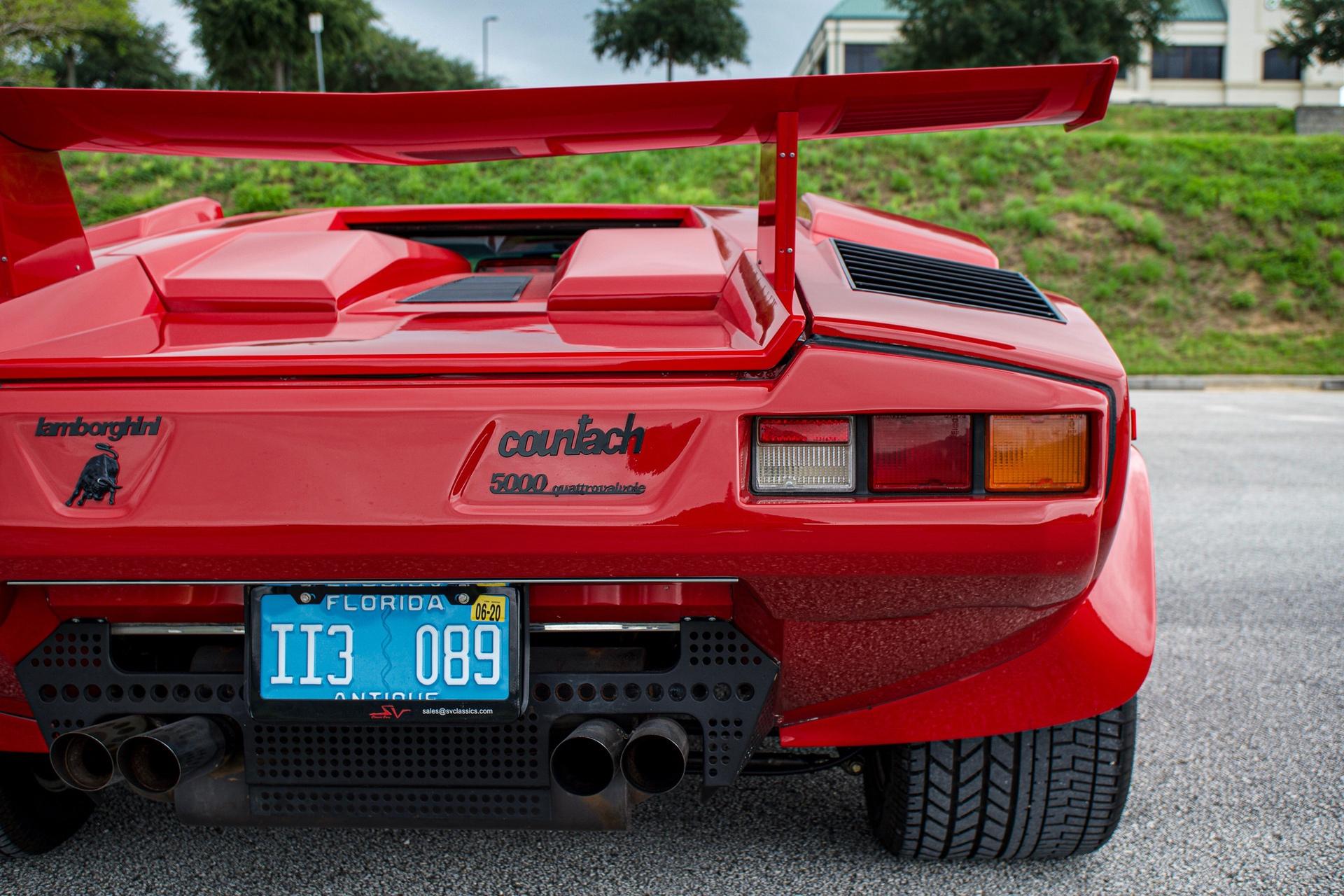 1988_Lamborghini_Countach_5000_QV_0009