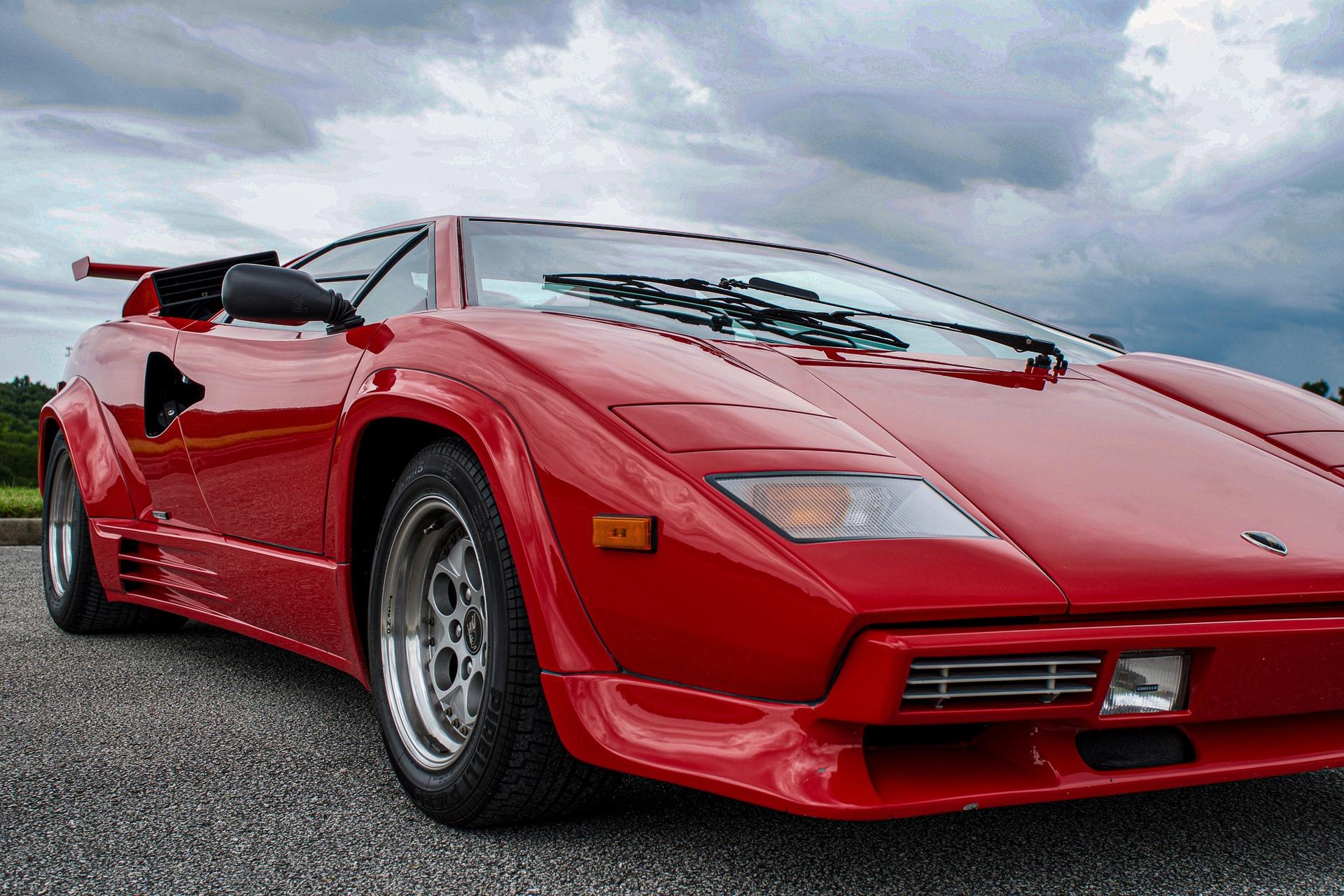 1988_Lamborghini_Countach_5000_QV_0016