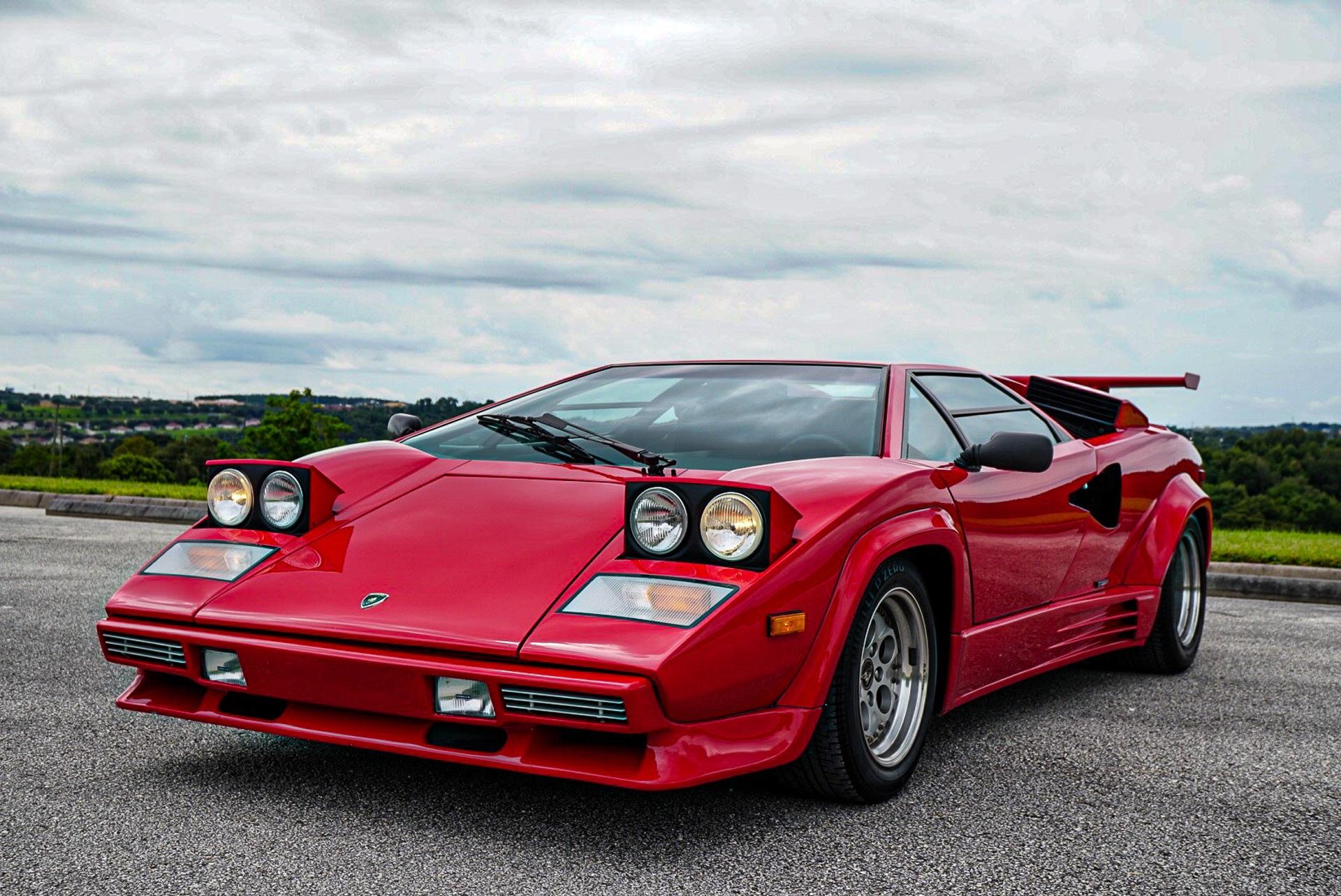1988_Lamborghini_Countach_5000_QV_0018