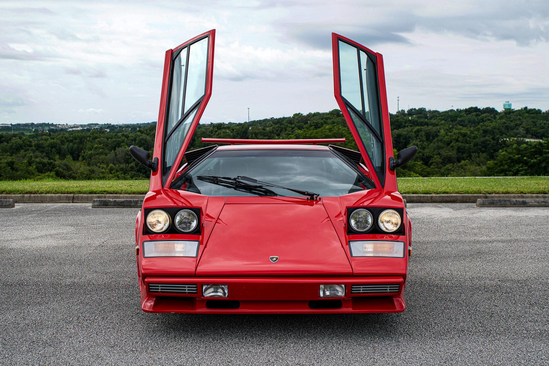 1988_Lamborghini_Countach_5000_QV_0020