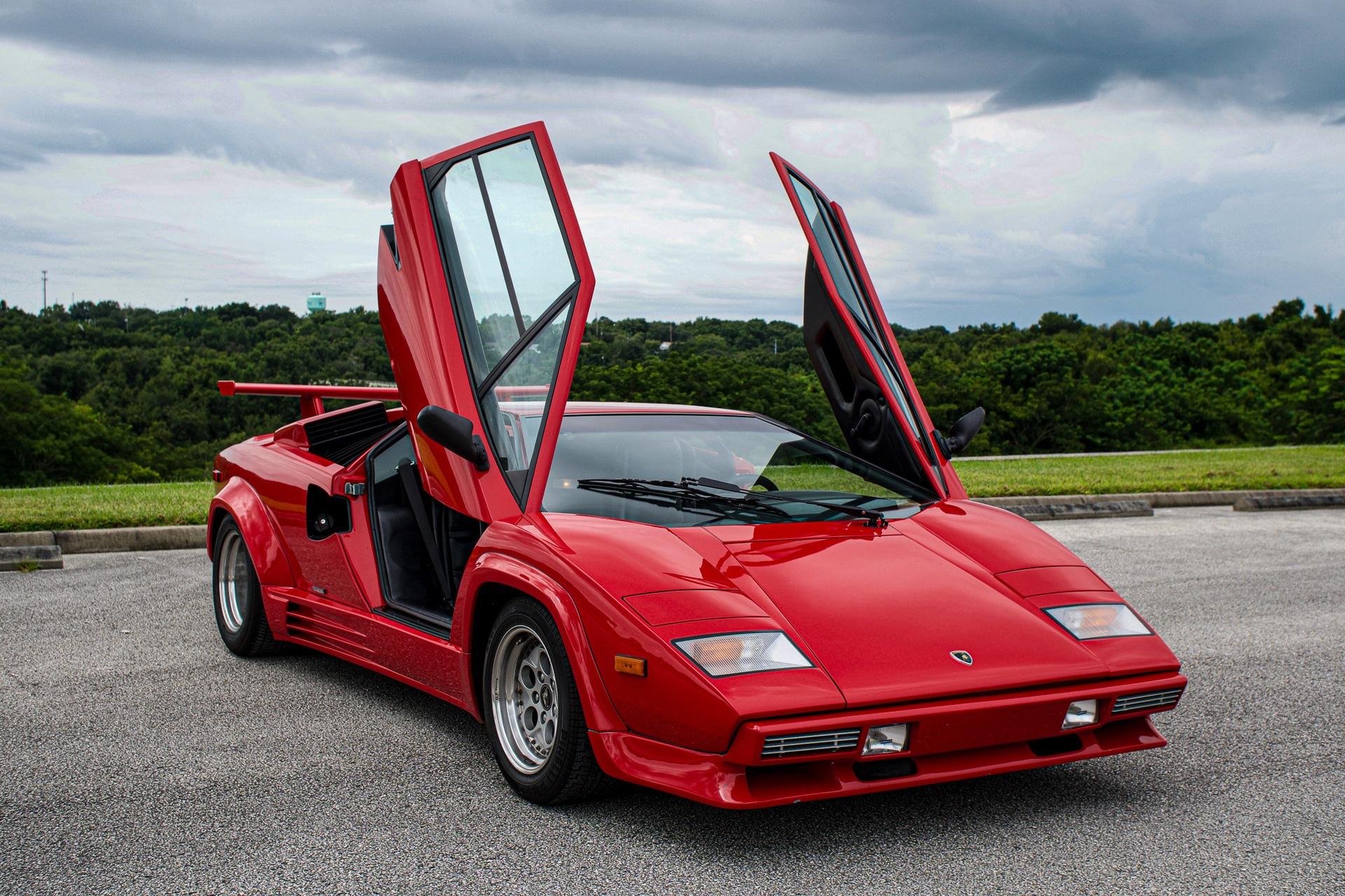 1988_Lamborghini_Countach_5000_QV_0021
