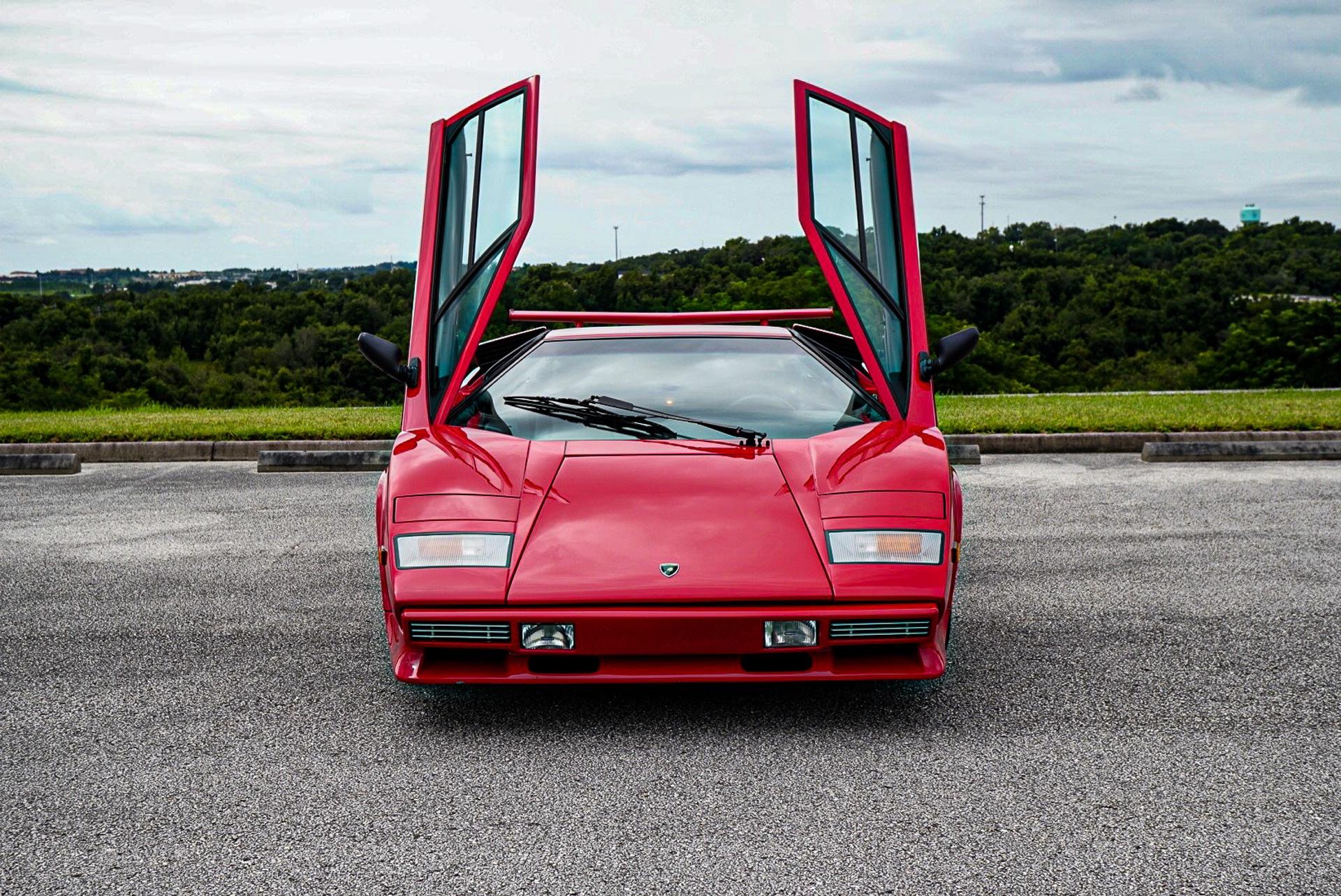 1988_Lamborghini_Countach_5000_QV_0022