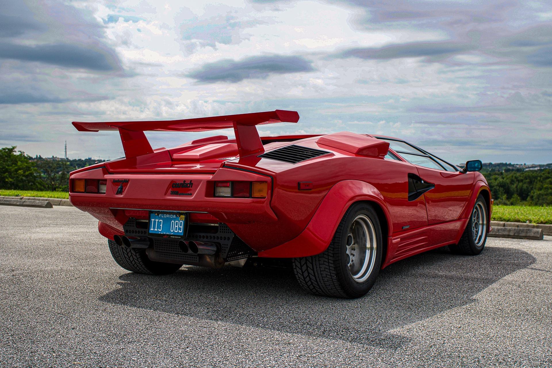 1988_Lamborghini_Countach_5000_QV_0025