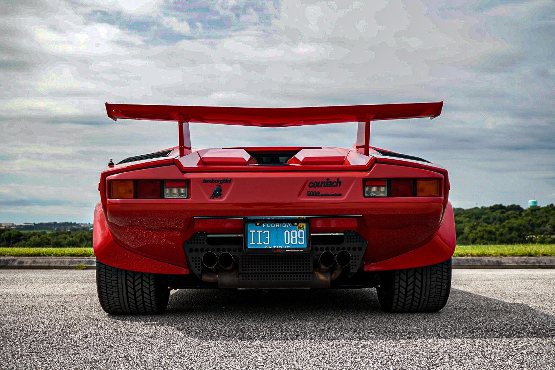 1988_Lamborghini_Countach_5000_QV_0028