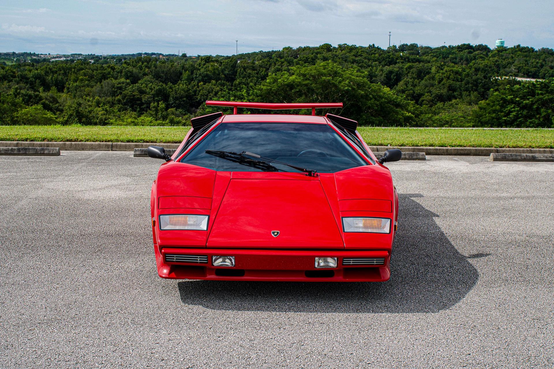 1988_Lamborghini_Countach_5000_QV_0031